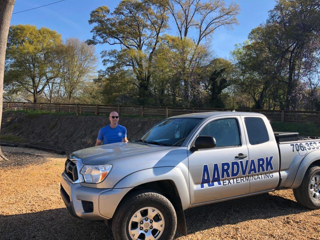 Greg Lindsey - Aardvark Exterminating